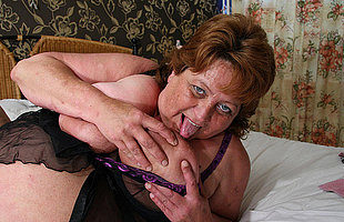 Big mama squirts and gets a facet full of cum