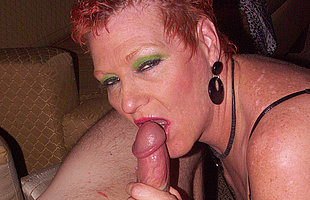 This mama loves to acquire a mouth full of cum