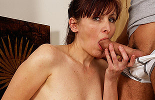 Sexcrazed housewife getting takin it like a virago