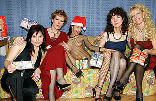 A unmitigatedly naughty old and young lesbian Christmas