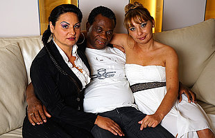 Hot Mature interracial threesome goes wild