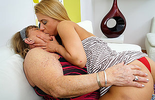 Hairy hot toddler doing a very deleterious mature lesbian BBW