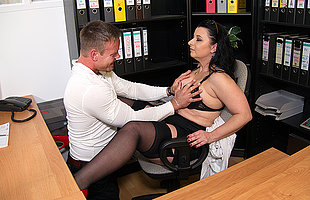 This German cougar gets fucked elbow the office until she squirts
