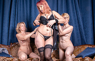Three mature ladies go wholly set free on the couch