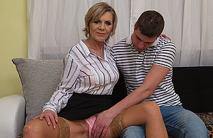 Simmering mature descendant blows her toyboy and gets fucked hard
